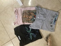 Beautiful woman clothing size large in 29 Palms, California