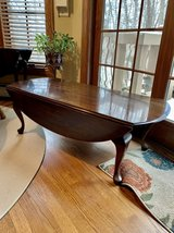 Drop Leaf Coffee Table in Chicago, Illinois