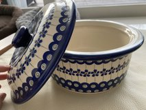polish pottery bowl with lid in Stuttgart, GE