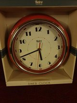 RED BRAND NEW RETRO DINNER STYLE CLOCK in Lakenheath, UK
