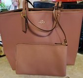 BNWT - Coach Baby Bouquet Reversible City Tote in Plainfield, Illinois