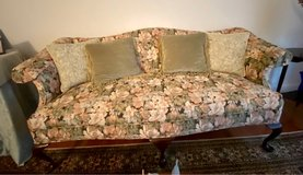 Victorian couch in Fort Belvoir, Virginia