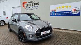 2018 Mini Cooper with warranty in Hohenfels, Germany