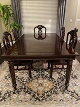 Dining Table and Chairs in Clarksville, Tennessee