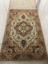 5' x 8' beautiful wool Persian rug in Vista, California