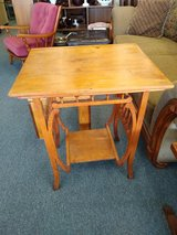 Vintage Parlor Table in Oswego, Illinois