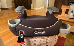 Graco Backless Booster Seat in Oswego, Illinois