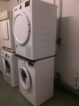 Stackable Washer (220 Euro) & Condenser Dryer (360 Euro) Combo in Great Condition For Sale in Wiesbaden, GE