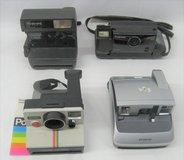 4 POLAROID CAMERAS - CAPTIVA - ONE STEP - ONE STEP CLOSE UP - ONE600 in Plainfield, Illinois