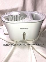 Honeywell HMC-710 Humidifier in Westmont, Illinois