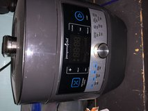 Pampered Chef pressure cooker in Westmont, Illinois