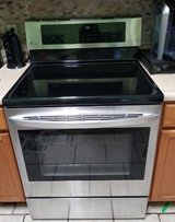 LG STOVE/ Bake & convection oven in Hinesville, Georgia