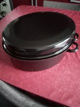 Roaster casserole enamel large in Ramstein, Germany