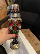 2020 Avon limited edition light up table top nutcracker SOLD out w/Avon in Kingwood, Texas