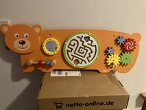 Wall toy for babies/toddlers in Baumholder, GE