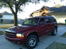 4x4 Dodge Durango, runs excellent in Longview, Texas
