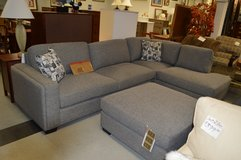 Like New Sectional with ottoman in Fort Lewis, Washington