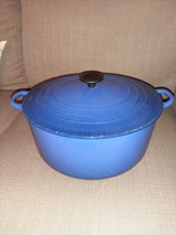 Le Creuset 9 quart vintage Cobalt Blue Dutch oven in Beaufort, South Carolina