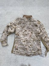 MEDIUM REGULAR  Combat Desert Jacket in Camp Pendleton, California