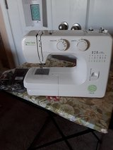 New baby lock zest sewing mechanic  never used  right out of the box in Camp Lejeune, North Carolina
