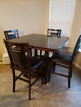 4 person dining table in Conroe, Texas