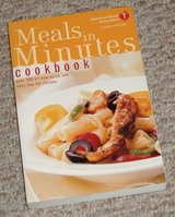 Meals in Minutes Cookbook: Over 200 All-New Quick and Easy Low-Fat Recipes in Morris, Illinois