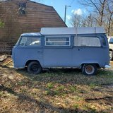 72 Vw camper poptop in Camp Lejeune, North Carolina