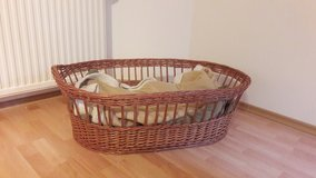 Wicker Bassinet/ Dog Bed (Large) in Hohenfels, Germany