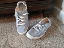 Womens size 10 brand new never wore in Chicago, Illinois