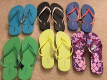 Old navy flip flops size 7 in Naperville, Illinois