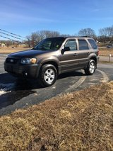 2007 Ford escape in Fort Leonard Wood, Missouri