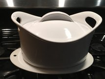 Rachel Ray's Dutch oven or baking dishes in Wilmington, North Carolina