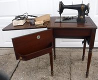 SALE PENDING - Antique / Vintage 1920s Free-Westinghouse Sewing Machine w/Wood Cabinet in Naperville, Illinois