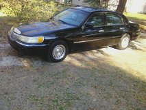 1999 Lincoln Town Car Executive in Beaufort, South Carolina