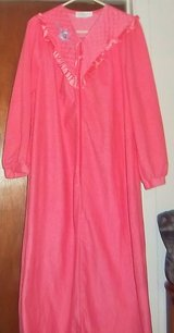 New pretty pink night gown for your mother -  large in Alamogordo, New Mexico