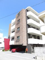 2bed/1bath Apartment with outside storage in Okinawa-city in Okinawa, Japan
