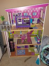 4 foot doll house with elevator in Fort Leonard Wood, Missouri