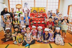 "Kids Cooking Club Vol.26 ""Hinamatsuri Sushi Cake"" in Okinawa, Japan"