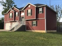 Beautiful 4+ Bedroom House for rent/sale in Fort Leonard Wood, Missouri