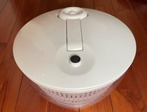 Pampered Chef Salad Spinner in Okinawa, Japan