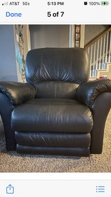 (2) Black leather recliners in Conroe, Texas