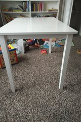 White dining table in Naperville, Illinois