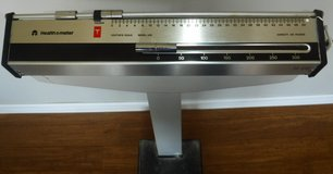 Health-o-Meter Doctor's / Physicians Scale - 350lb Capacity in Naperville, Illinois