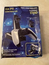 ps5 controller stand and charger in Fort Leonard Wood, Missouri