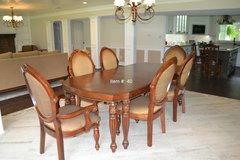 Beautiful Dining set in Tomball, Texas