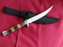 new, very sharp Knife, wooden handle, Blade 5.5 inch in Baumholder, GE
