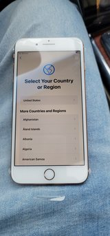 T-mobile Iphone 8 plus 64gb GOLD in Naperville, Illinois