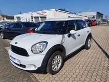 2011 Mini Cooper Countryman*LOW KM 68000 mils only*1 Year Gurantee* NEW INSPECTION * in Spangdahlem, Germany