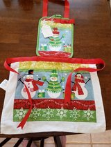 NEW Hand Made Child's Apron #15-1 Christmas with Snowmen in Warner Robins, Georgia
