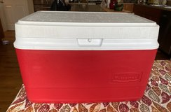 Rubbermaid Chest Cooler in Bolingbrook, Illinois